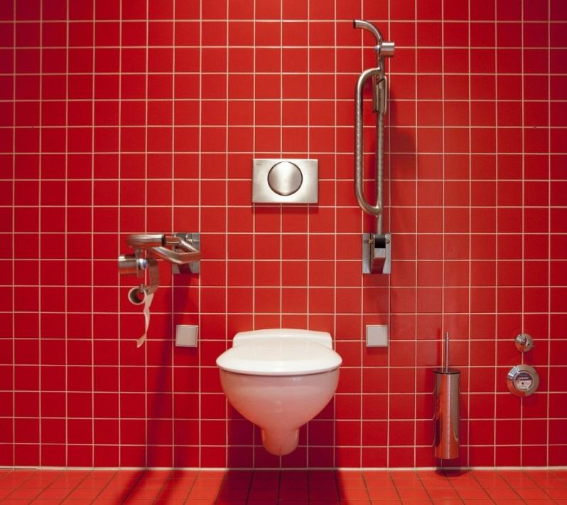 Accessibilité des logements PMR (salle de bain, WC…) : quelles sont les normes ?